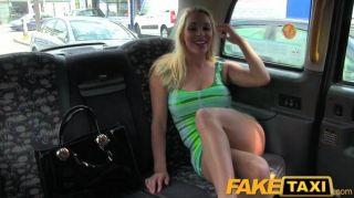 faketaxi - atemberaubende Blondine mit tiefen Blowjobs