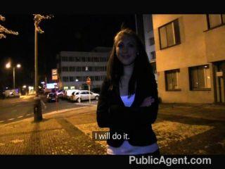 publicagent - hot Film Extra wird gefickt