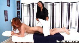 sexy Masseuse besondere Klitoris und Labien Massage