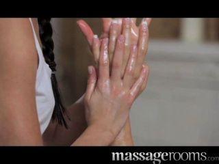 Massageräume - petite Teen Lesben