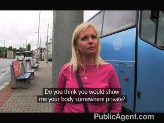 publicagent - vollbusige Blondine rosa Tanga gefickt