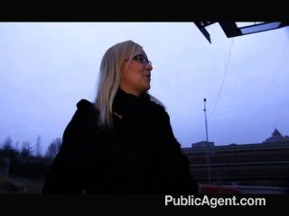 publicagent - Sex im Freien mit blonden