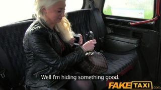 faketaxi - fickt blonde MILF mit großen Titten