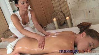 Massageräume - Kitzler multiplen Orgasmus spielen