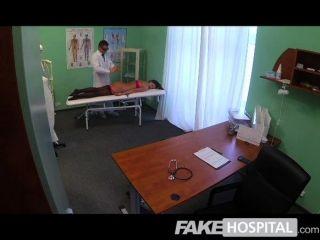 gefälschte Krankenhaus - Ärzte Magie Hahn