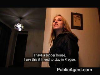publicagent - blonde Amateur-Modell Unterwäsche