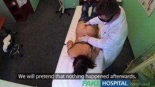 fakehospital - Arzt bekommt Bälle tief