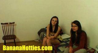 Teenager in beiden Löchern auf den ersten Casting gefickt