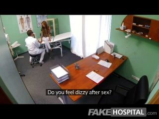 fakehospital - Ausspionieren von heißen jungen Babe