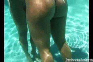 Sex ist besser unter Wasser