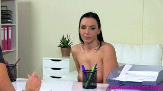 femaleagent - große Titten und kurvige Milf Casting