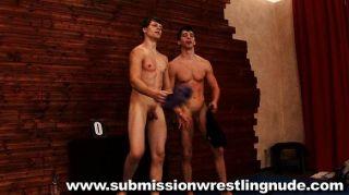 beste nackte männliche Ringkämpfe