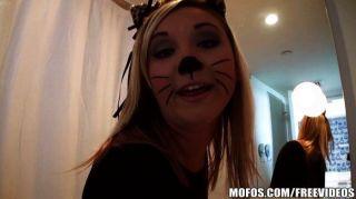 mofos- addison ist eine heiße Pussy Cat