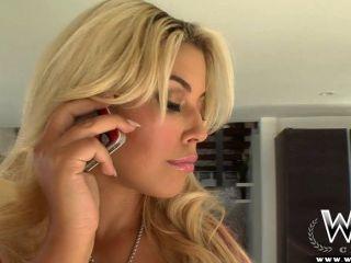 wcpclub vollbusige Blondine saftige Beute nimmt eine bbc
