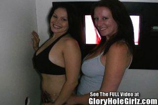 zwei große Tit Hotties saugen glory hole Schwanz!