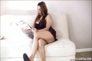 big Titted Milf Wichsen im Wohnzimmer