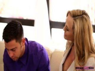 Mütter unterrichten Sex - Mutter Sperma aus Stieftöchter Möse leckt