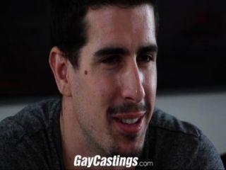Homosexuell Abgüsse gerade Zapfen auf Cam für Geld gefickt