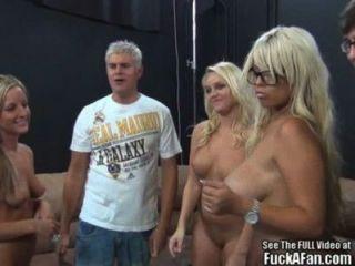 Bridgette b und Blondie Freunde fuck ein Fan!