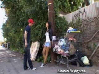 Amateur Asian Babe gefickt von hinten