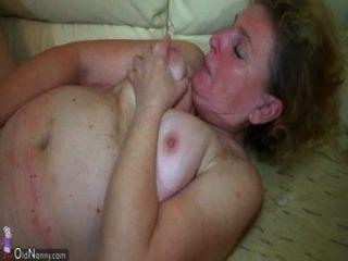 oldnanny schöne Dreier, alte Dame und junge Paare haben Sex
