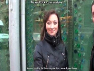 hot pickup Sex-Film mit Büromädchen