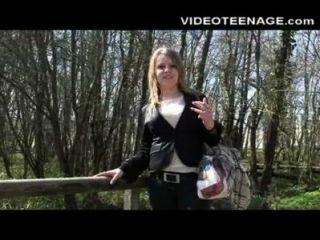 blonde teen clara erste Pornocasting