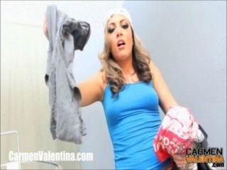 cumslut carmen valentina bekommt ein Gesicht auf Waschtag!