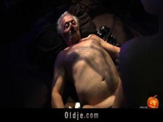glücklich Sex-Alloween Nacht für Opa