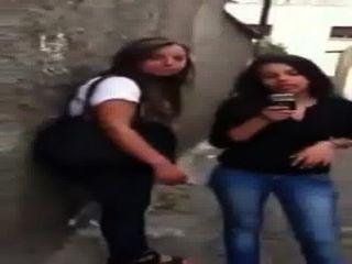 9habe Hijab Hijab maroc teen ass Voyeur Arsch zu Fuß