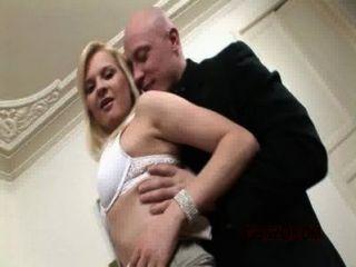 betty blonde Schlampe mit großen gapes gg242 (exklusiv)