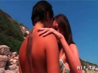 drei Hotties haben Lesben Sex lecken fingern am Strand liebäugelt