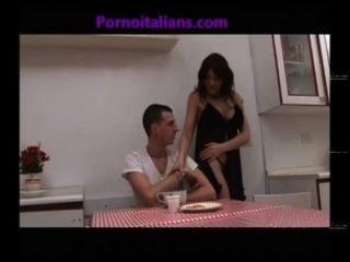 la figa della mamma vogliosa incesto italiano - Pussy Mutter Verlangen -incesti Italien
