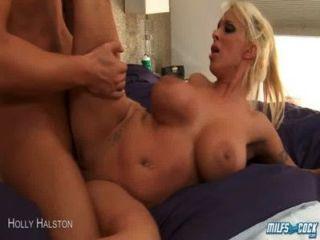 Milf Holly Halston Fahrt anally einen großen Schwanz