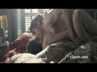Astrid Berges Frisbey heiße Sex-Szene aus Film