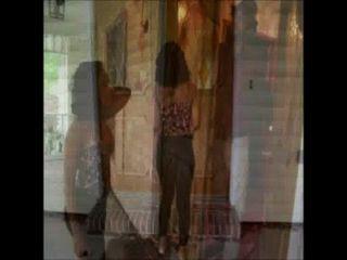 """rosaria nimmt einen """"Peeping Tom"""" auf eine ganz neue Ebene, wenn sie verloren geht."""