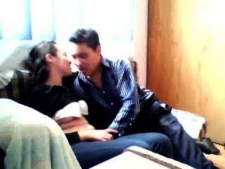 morrita mexicana se deja calentar por su primo