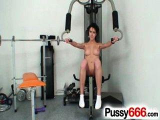 schöne Babe ashley Stillar Pussy Erweiterung auf Nahaufnahmen