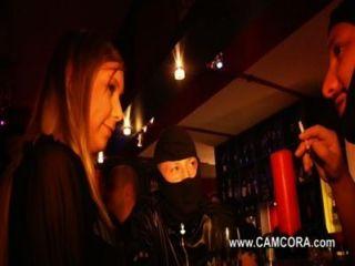 Teen Pornostar Lena Nitro beim Privaten gangbang