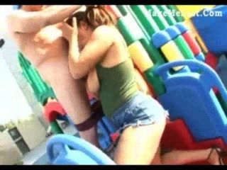 Spielplatz dem ficken auf Sex auf