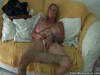 Oma braucht jetzt einen Orgasmus!