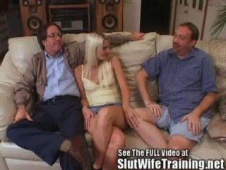 Blondie wifey Hahnrei Ehemann Uhren Sex