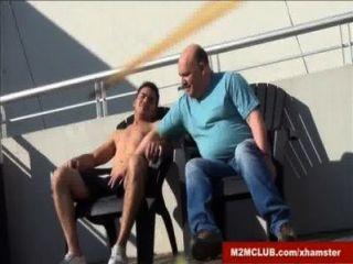 mollig Papa von STR8 Jock ficked