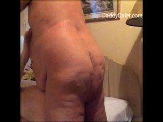 mollig fettleibig Opa ficken bareback