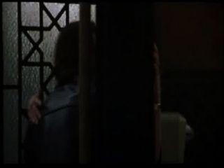 sexy untreu Diane Lane wird in Toilette (mit Schleife) gefickt