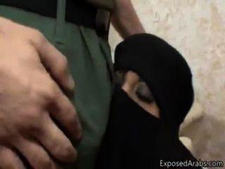 moslemische Frau schockiert amerikanische yankee Penis Zwerge
