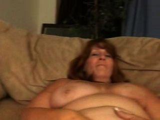 leighann Ficken auf der Couch. ungeschnittene