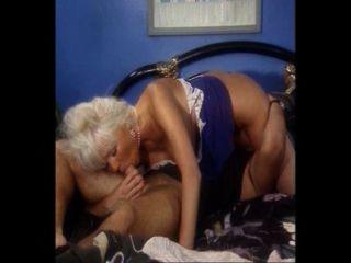 schöne vollbusige Blondine anal gefickt und masturbierte, Helen Duval