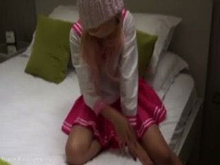 rosa japanische Schülerin Cosplay bj