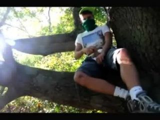 Homosexuell Teenager-Jungen wanked in Wald